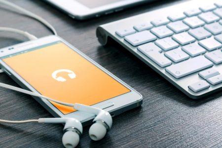 5 celulares até R$2.000 para comprar na Black Friday 2018