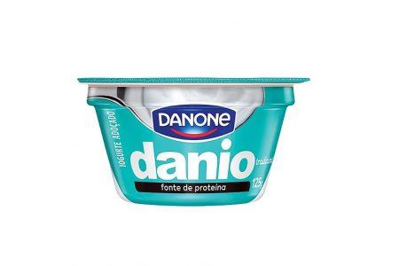 Iogurtes ricos em proteína disponíveis nos supermercados